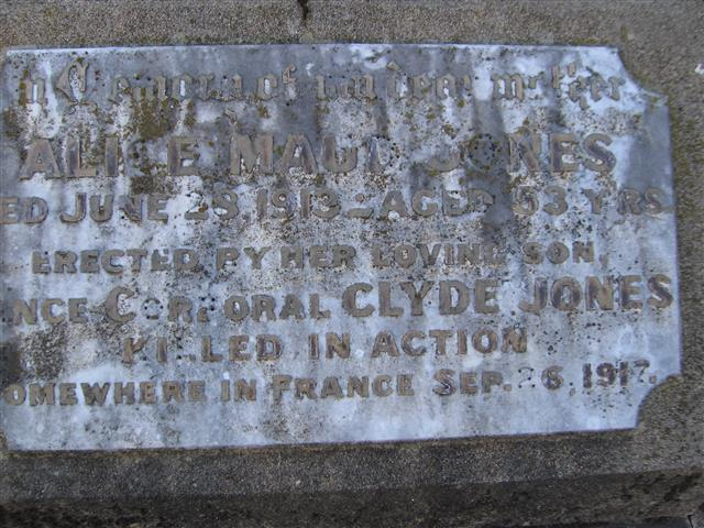 File:Robert Clyde Jones plaque.jpg