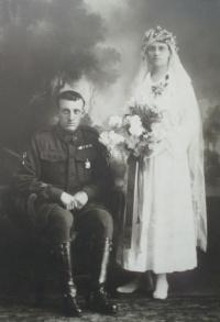 wiki harold sydney bride